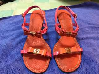 Authentic Tory Burch sandals in very good condition size 7m