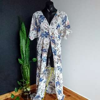Women's Size 12 'LUVALOT' Stunning floral print long Kaftan Tunic - AS NEW