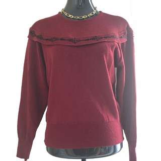 Red Pullover/Sweater