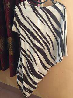 Mini dress asymetric