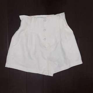 🚚 降~Marjorie 排扣短褲 dresseum穿搭