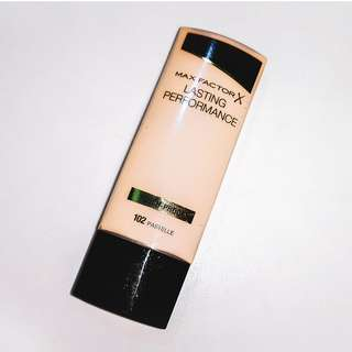Original Max Factor Lasting Performance Touch Proof Foundation in 102 Pastelle