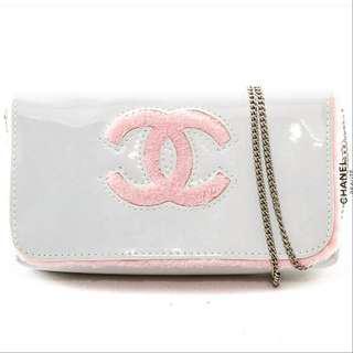 Chanel gift sling bag WHITE GLOSSY CC PINK FUR