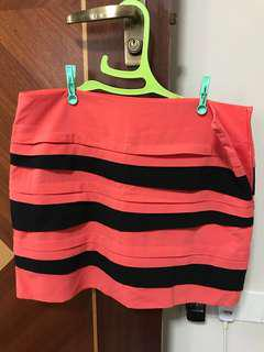 Skirt with built-in safety shorts and side zip