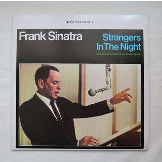 Frank Sinatra - Strangers In The Night (LP)