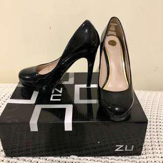[ZU] Classic Black Glossy Pumps with Rounded top