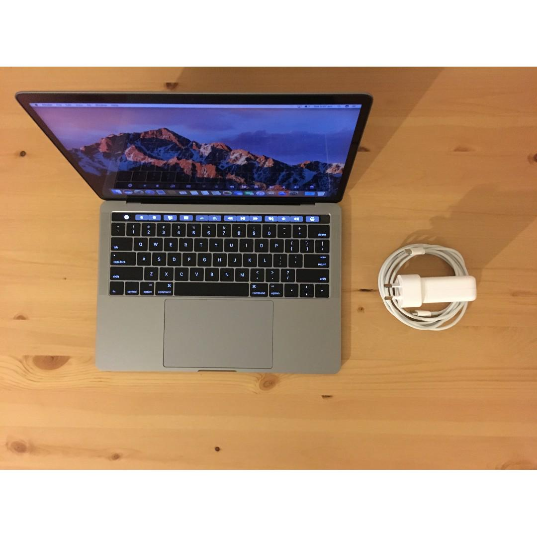 "13"" Touch Bar 2017-Model 250GB 8GB RAM Turbo 3.5GHz MacBook Pro"