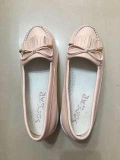 🚚 粉色女鞋