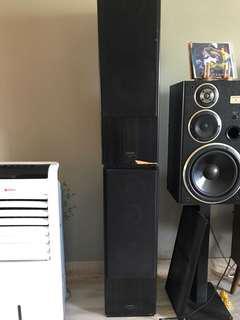 Pioneer S-D7 floor standing speakers