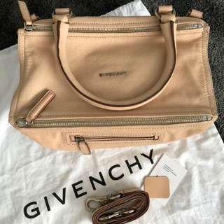 GIVENCHY Pandora Bag Medium 100% Goat