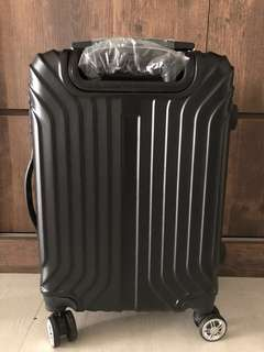 Roller luggage new