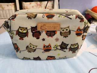 Uma hana make up bag
