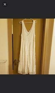白色lace jumpsuits