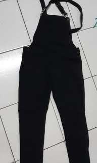 黑吊帶長褲