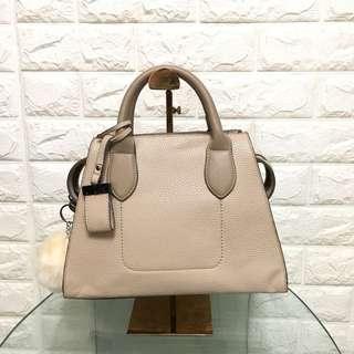 Beige unbranded handbag