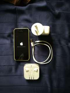 iPhone 5c Yellow Full working Condition