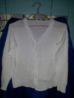 長袖白色才外套兩件