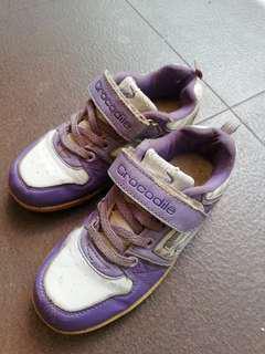 Sepatu Crocodile Original - Putih Ungu