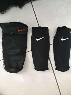 SALE Deker/Shinguard Nike Mercurial CR7