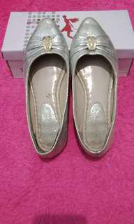 SALE!!!!! sepatu by sofia
