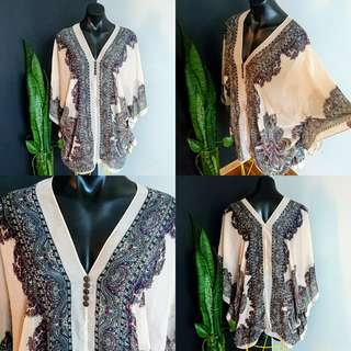 Women's Size L 14-16 Stunning Kaftan Tunic with a beautiful print - AS NEW