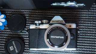 Kamera mirrorless Olympus omd em10 Mark II