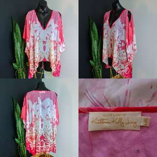 Women's Size L/XL 'KELLY'S KLOSET' Stunning floral print Kaftan - AS NEW