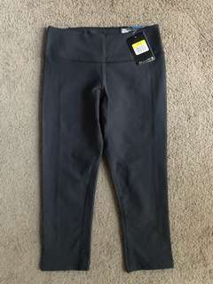 New Nike women's black cropped tights, size small
