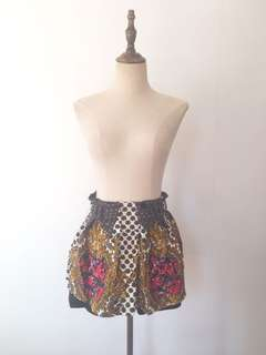 Majolica print shorts