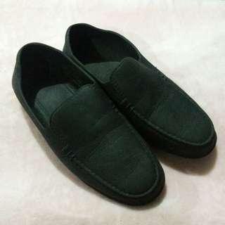 Plastic shoe size 10