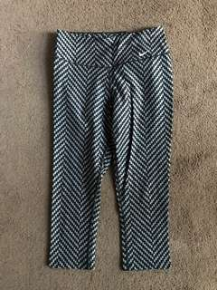 Nike women's crop tights, size small
