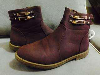Sepatu boots 1x pake like new