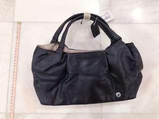 [2nd Item @ 50%] Gorgeous Perllini vegan leather handbag tote (black)