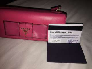 Wallet authentic