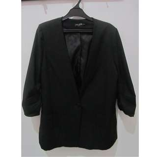 Long Blazer (7/8 Sleeve) warna hitam