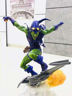 Sideshow - Green Goblin Premium Format Statue - Marvel Collectibles