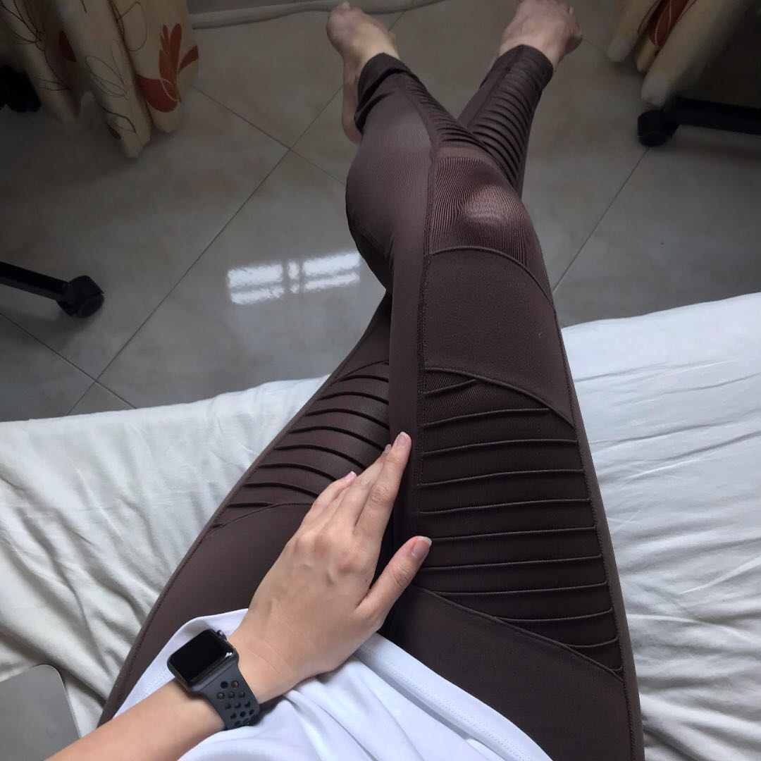 0953c6f889 Alo yoga High-waist Motor Leggings in Mink Sz S