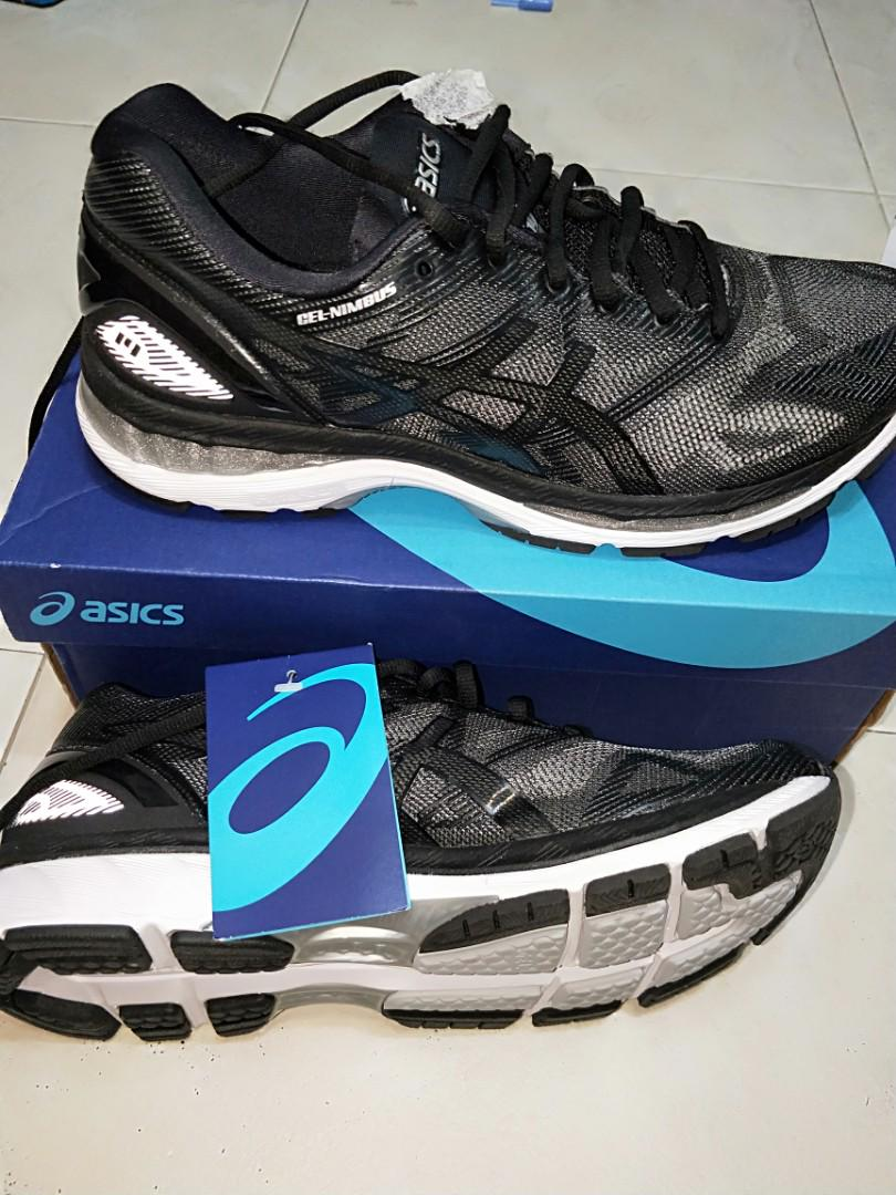 best service 32556 d2c52 Asics Gel Nimbus 19 Black, Men's Fashion, Footwear, Others ...