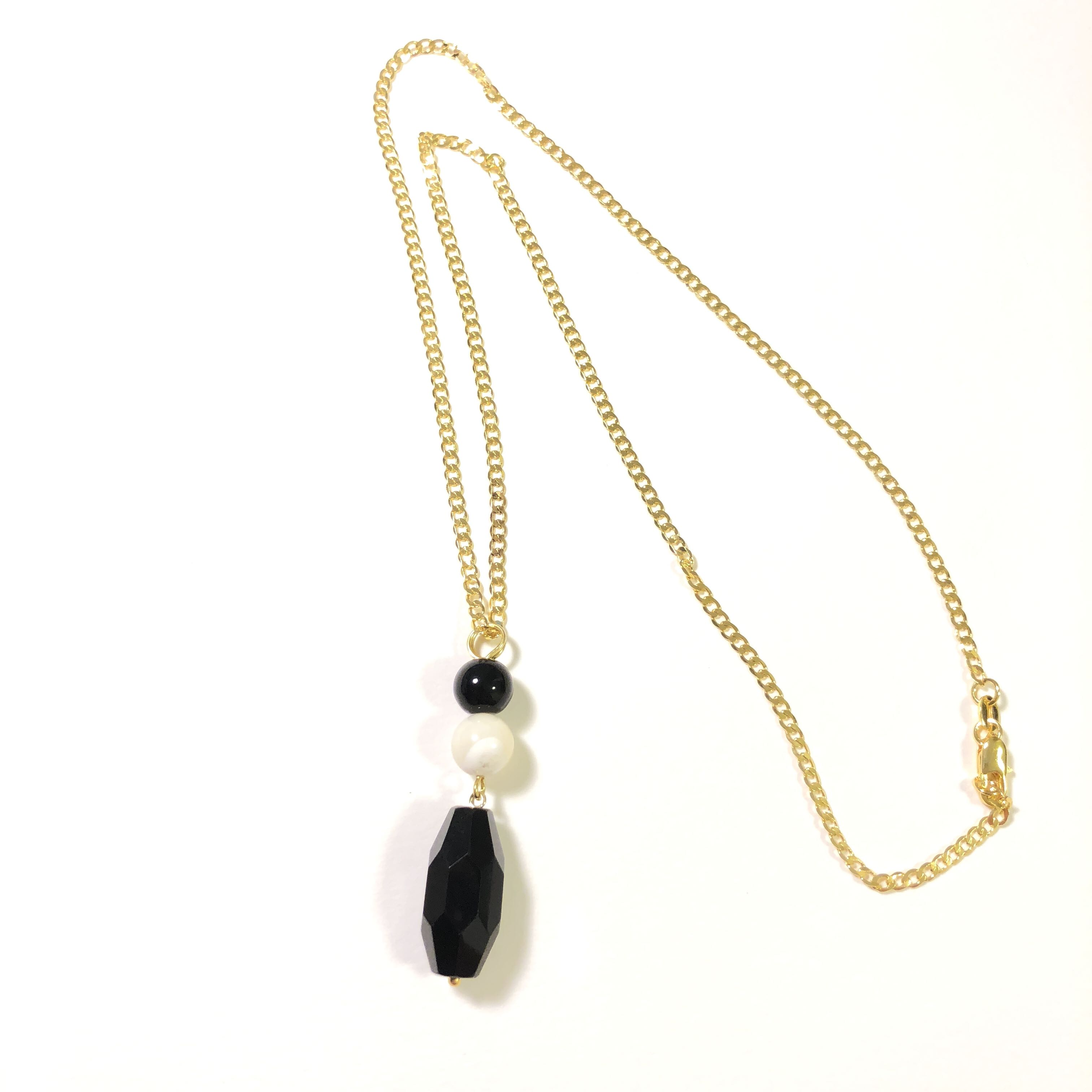 eebc5bebc1ad Black Jet with Mother of Pearl   Onyx Necklace