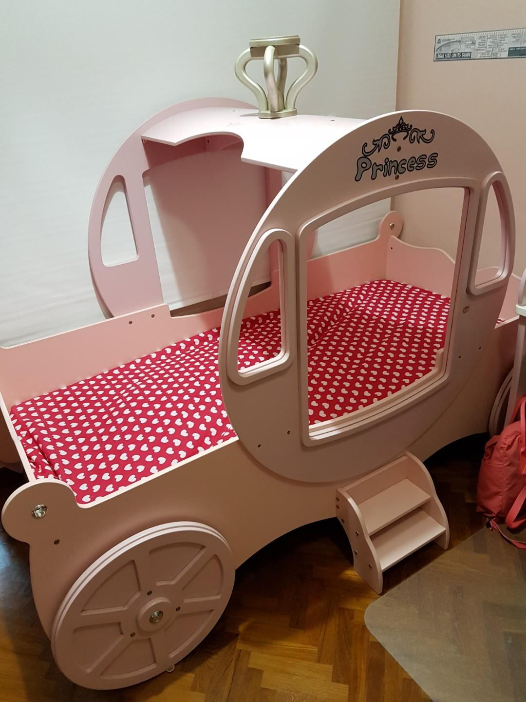 Picture of: Girls Princess Horse Carriage Pink Bed Frame Furniture Beds Mattresses On Carousell