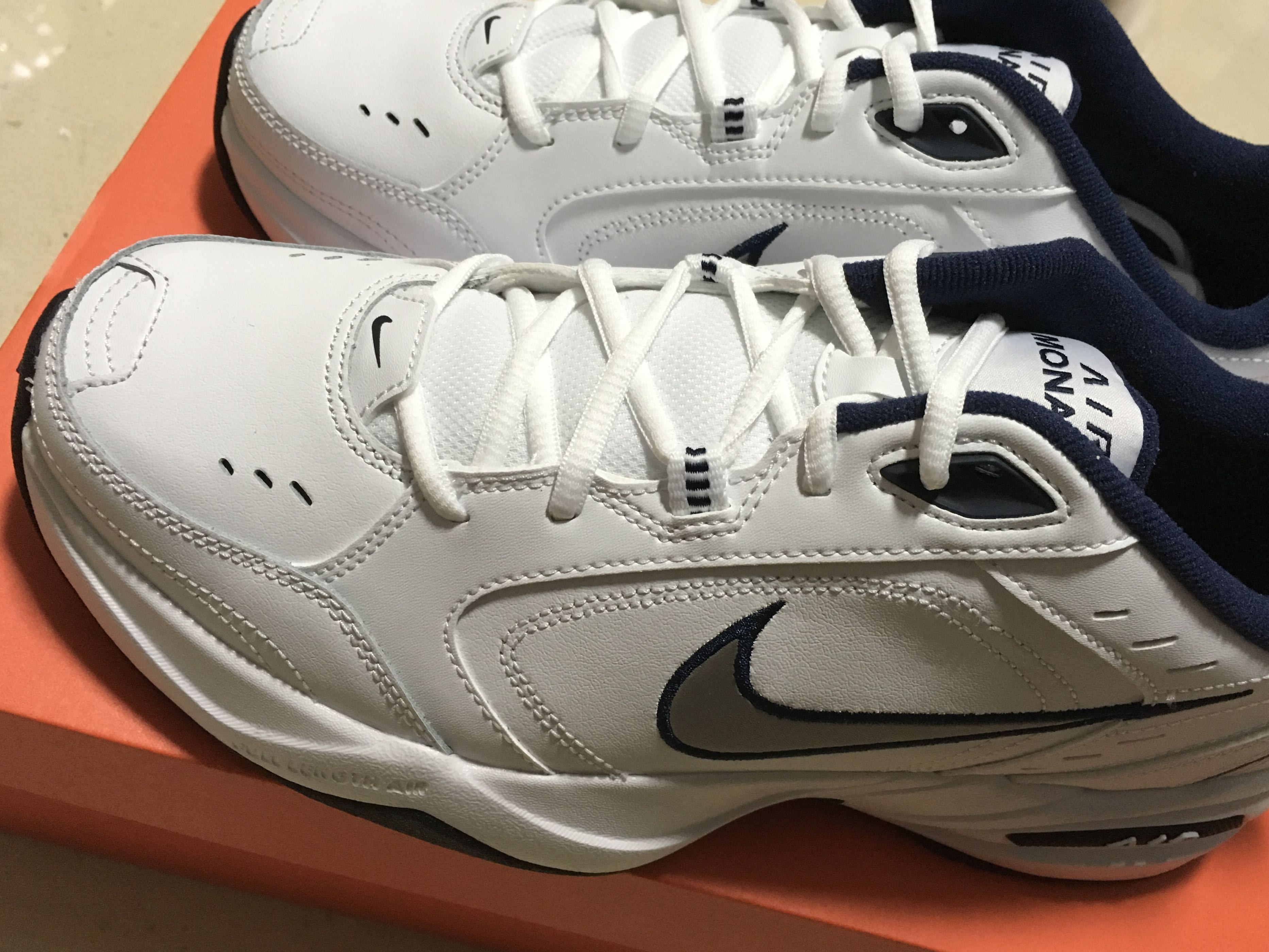 size 40 90a3f c51f8 NIKE AIR MONARCH IV, Men s Fashion, Footwear, Sneakers on Carousell