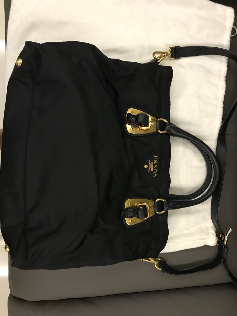 2860ef8ba4 Luxury Bags Praha