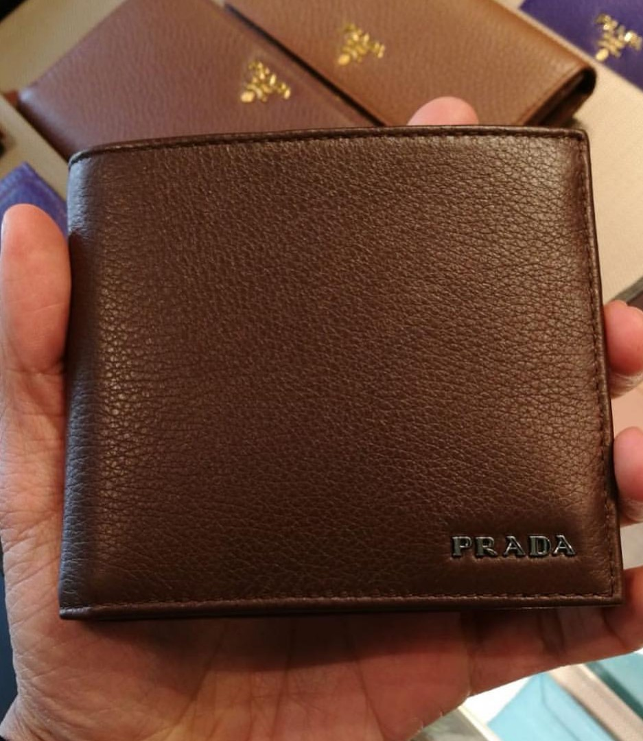 bad25db2e3 Ready stock Prada men wallet with coin compartment, Men's Fashion ...