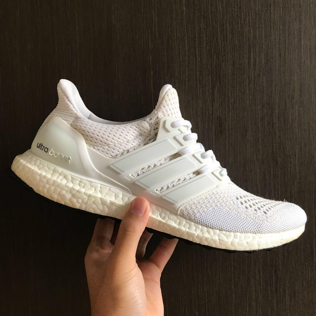 22b3d3e0 Ultra boost 1.0 White US9.5, Men's Fashion, Footwear, Sneakers on ...