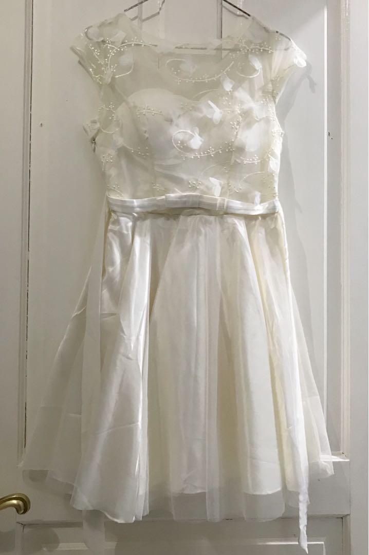 White Ribbon Dress Dress Pesta Putih Dengan Pita Women S Fashion