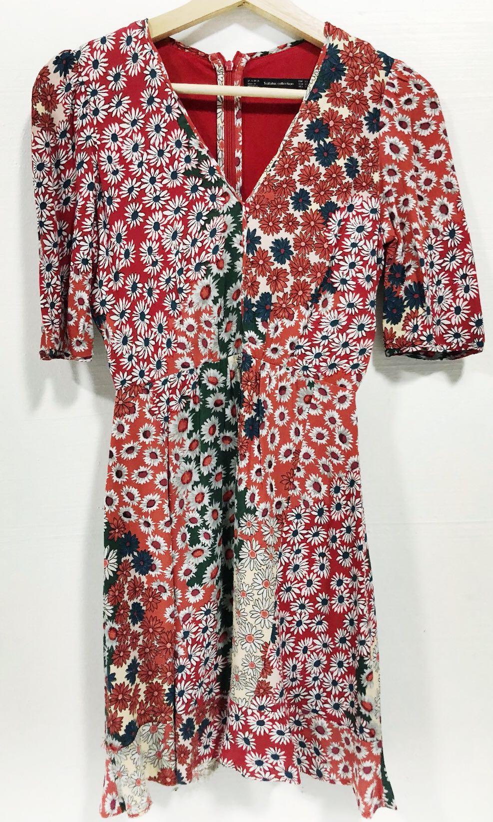 e7ffc49b3ce Zara TRF Floral V-Neck Dress (Authentic)