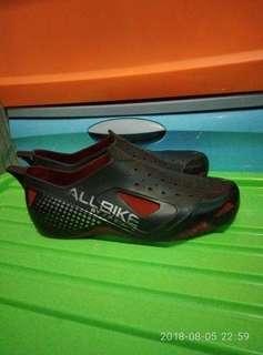 Sepatu anti air [apboots]