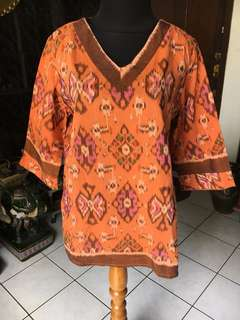 Blouse Batik Tenun