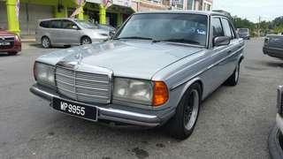 Meredes BENZ W123 230