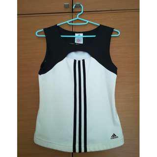 Sporty Adidas Top